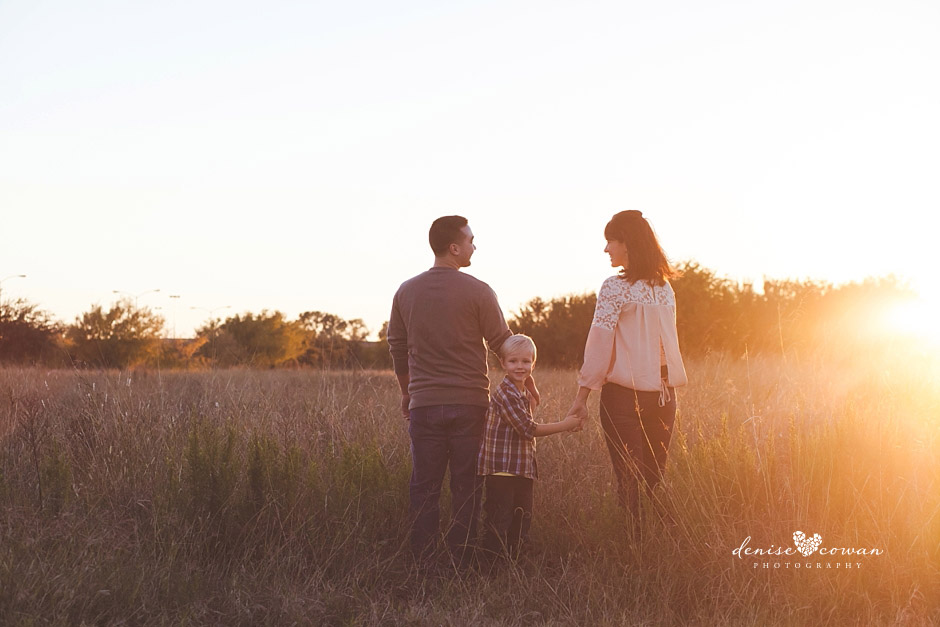 Family photos at sunset West Houston